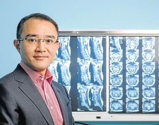 Dr Michael Wong