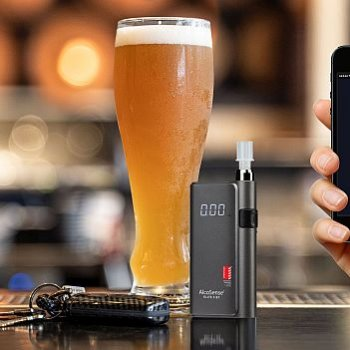Elite 3 Bluetooth breathalyser from Andatech